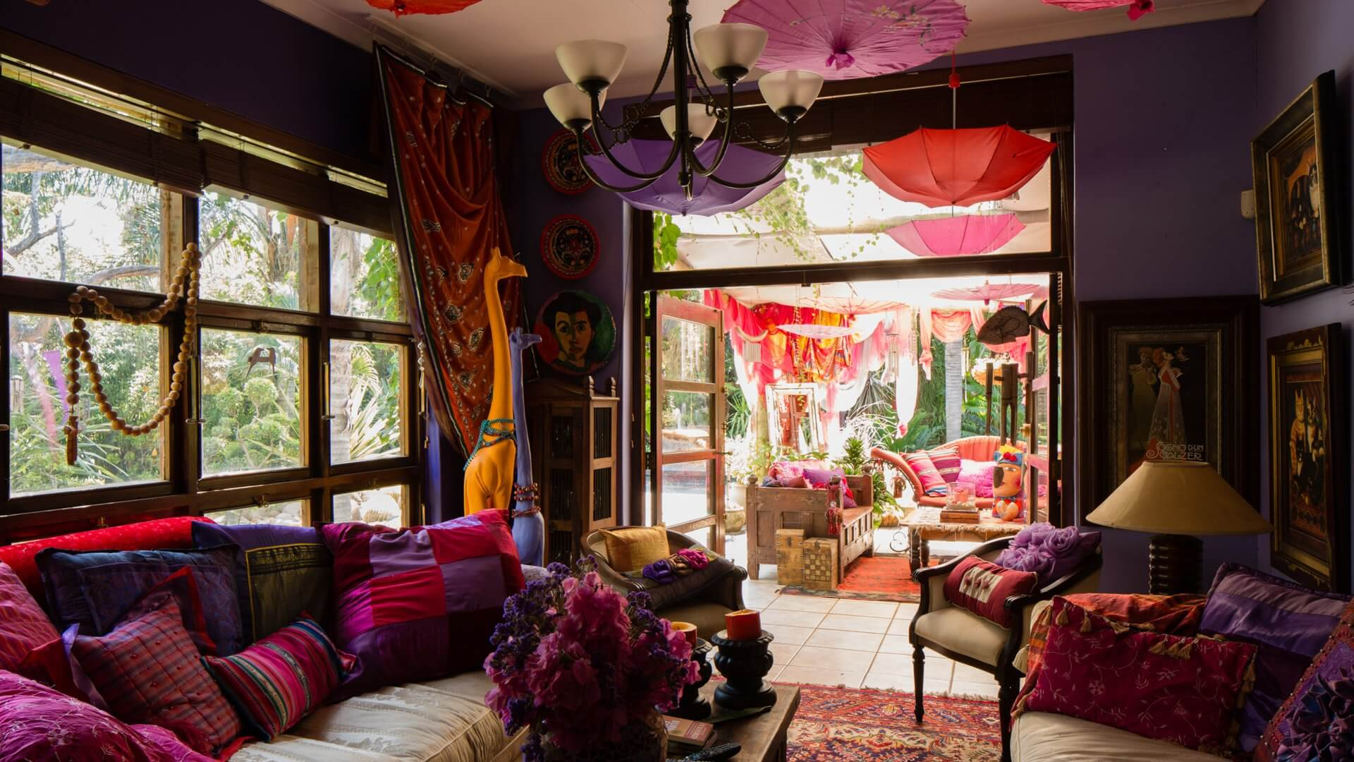 The Art Guesthouse Slider Shared Space